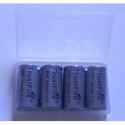 Lot de 4 Batteries 18350 900mAh